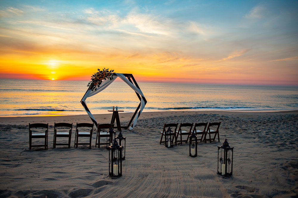 Sam and Lee's Outer Banks Sunrise Ceremony